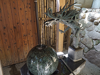 七番社・水神社